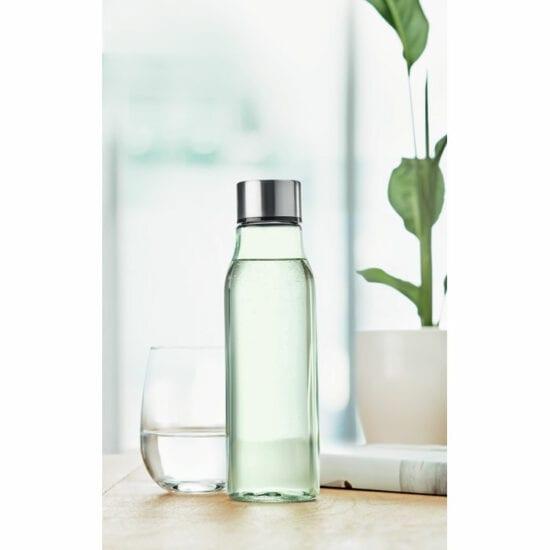 Γυάλινο μπουκάλι με καπάκι αλουμινίου.